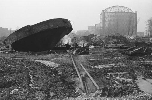 Demolition of the gas works in Greifswalder Straße, 1982, Prenzlauer Berg, Berlin, GDR, Germany, Europe